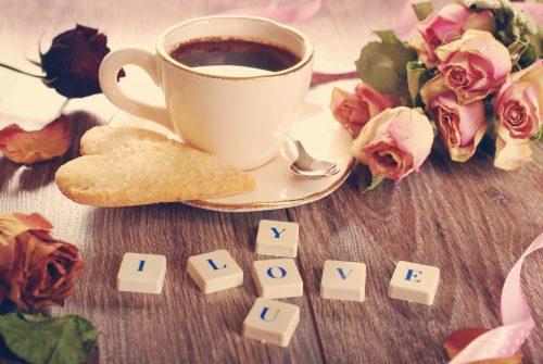 Das Bild zeigt ein hübsches Arrangement, seine Liebe zu zeigen oder zu erklären...